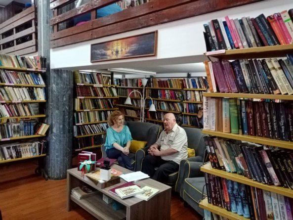 ПРОФЕСОР НОВИЦА МАРЈАНОВИЋ У БИБЛИОТЕЦИ У КОСТОЛЦУ